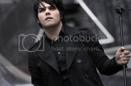 Gerard Way Pictures, Images and Photos